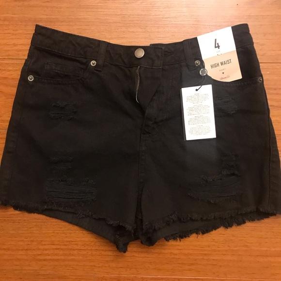 black shorts primark